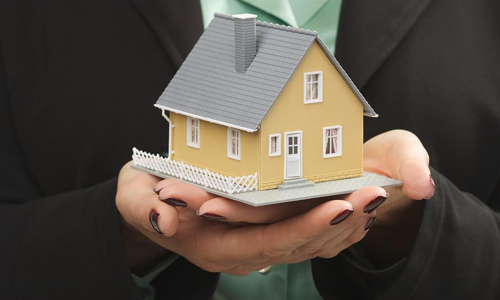 Real Estate for Sale in Coyote Landing Condominium